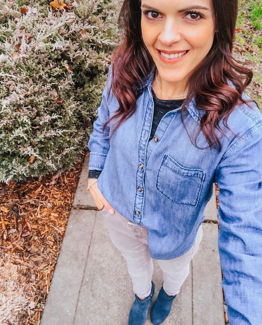 Sarah shares a her Friday Fives lists and February Instagram round up. Links, sizing and sale info are all in one place, providing a convenient way to shop!