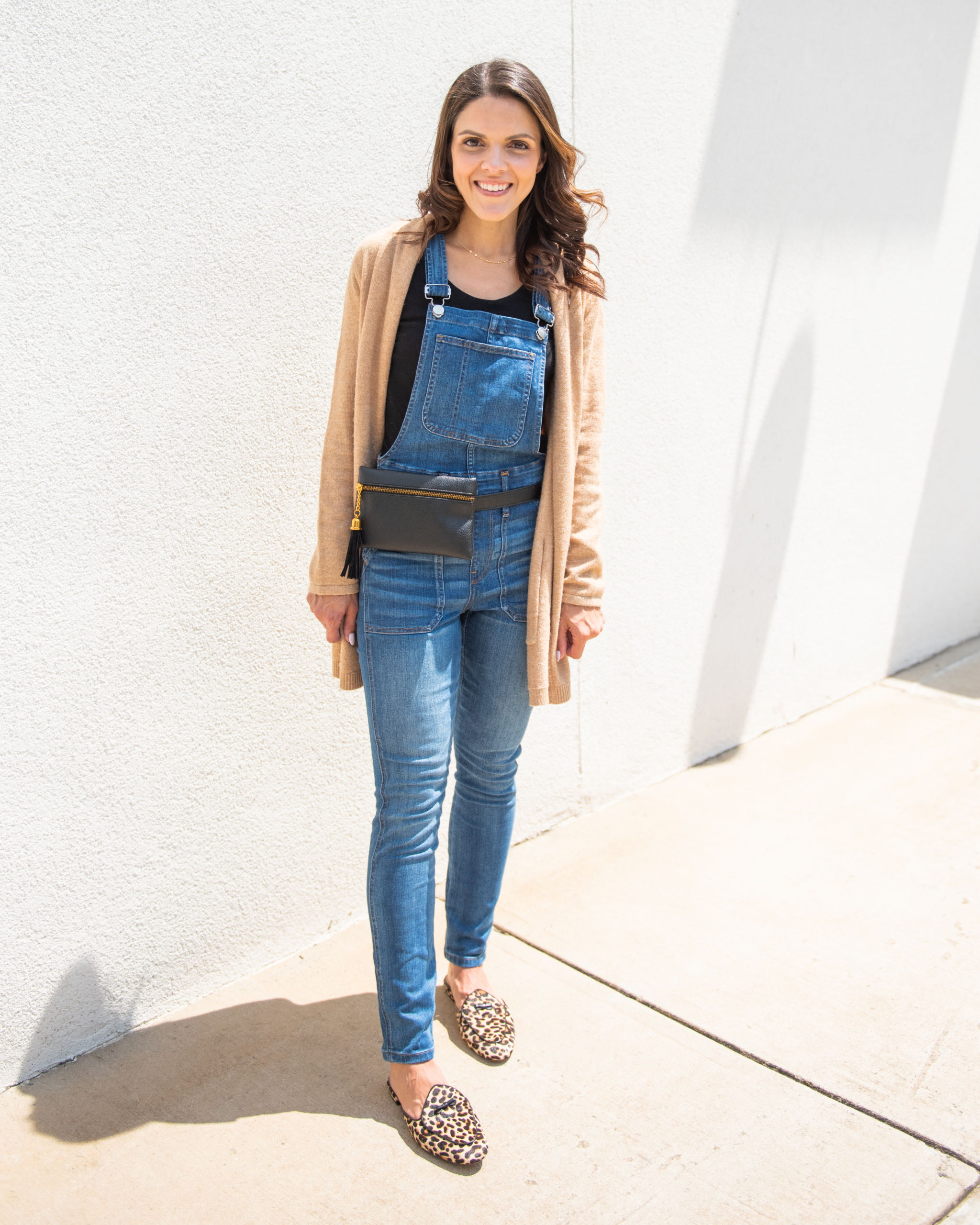 4 ways to transition skinny overalls to Fall