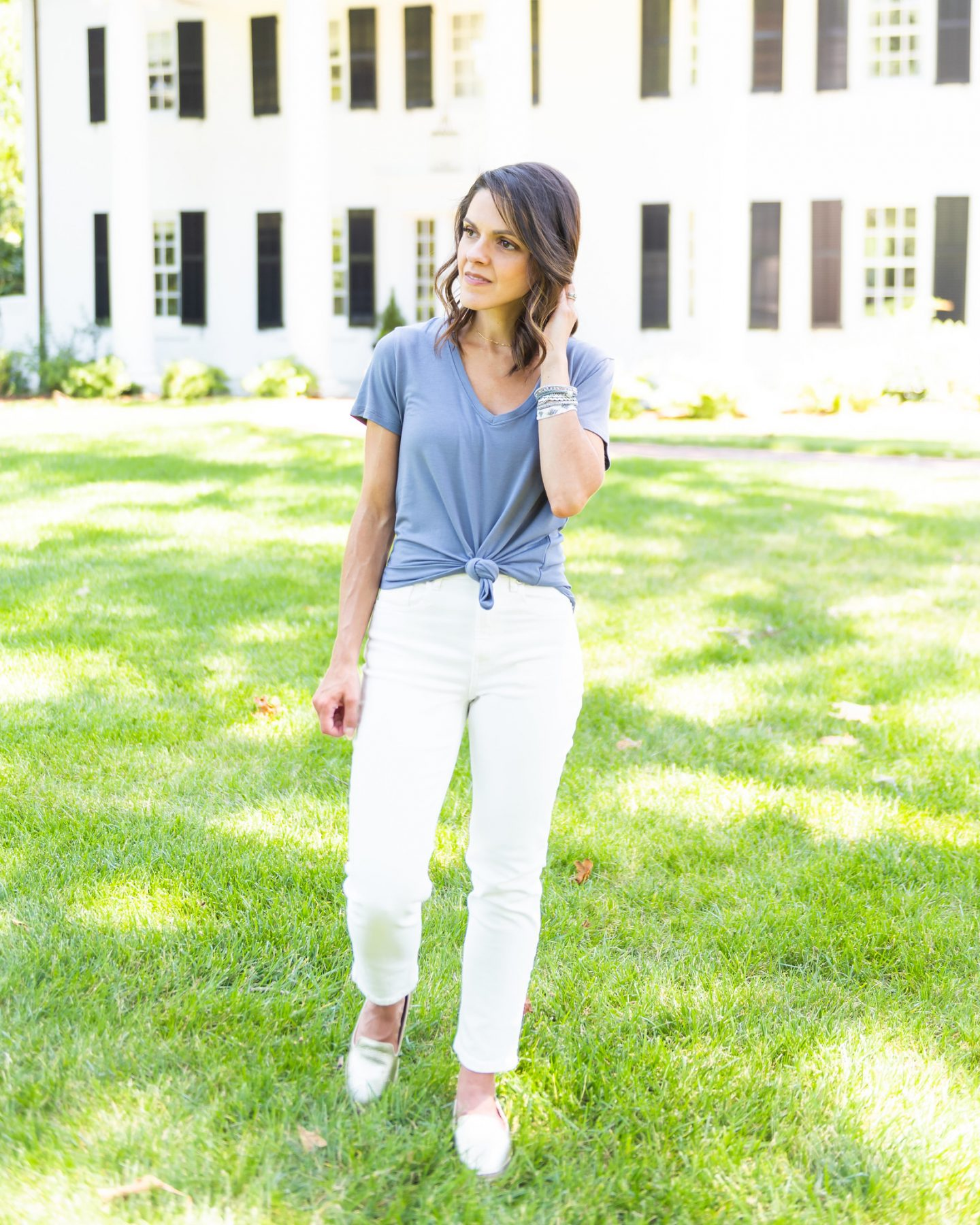 My thoughts on white jeans + 5 ways to style them